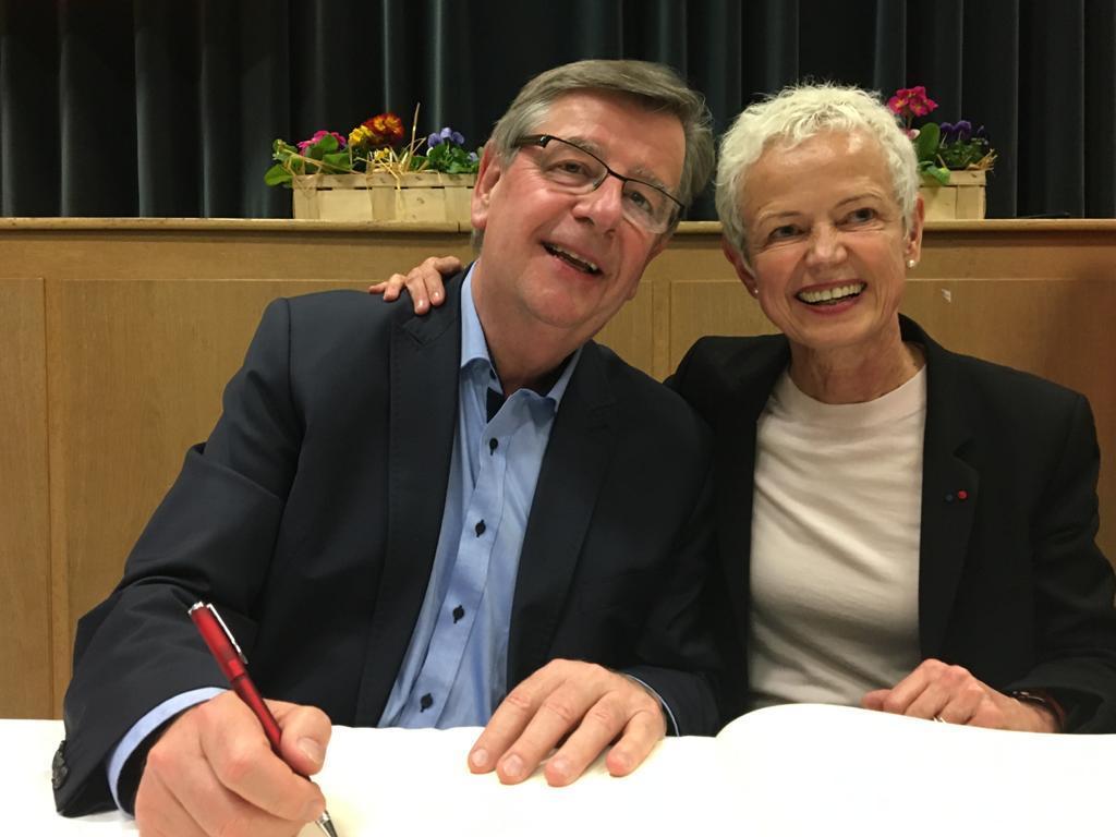 Gemeinsame europäische Zusammenarbeit mit der französischen Staatsministerin Brigitte Klinkert, Politikerin aus dem Elsass.